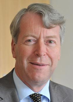 Professor Dr. Martin Hellwig